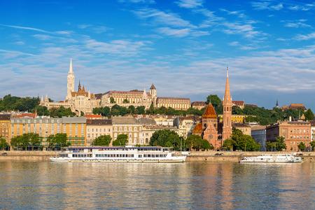 halaszbastya: Budapest city skyline and Fishermans Bastion - Budapest - Hungary