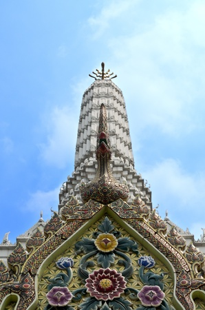 Wat Pho Famous Bangkok Temple photo