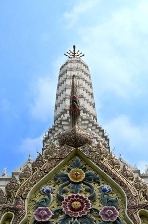 bangkok temple: Wat Pho Famous Bangkok Temple
