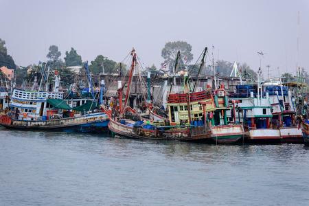old fisherman boat thailand Stok Fotoğraf