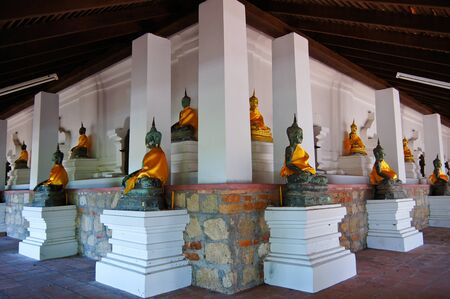 Many ancient BuddhaIn the ancient temple, Southern Thailand Stock Photo - 14133560