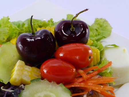 vegetable and fruit salad   Imagens