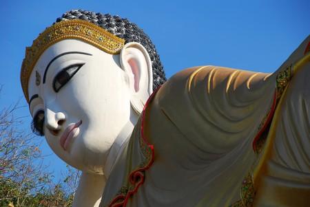 veneration: The buddha sleep style Thailand.