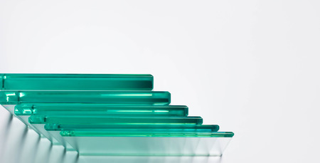 Glass Factory produces a variety of transparent glass thicknesses. 스톡 콘텐츠