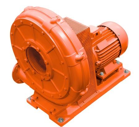 Soplador de alta presión industrial. Ventilador industrial. Aislado en el fondo blanco. Foto de archivo - 59039527