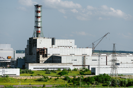 paesaggio industriale: The building of the nuclear power plant unit. Industrial landscape.