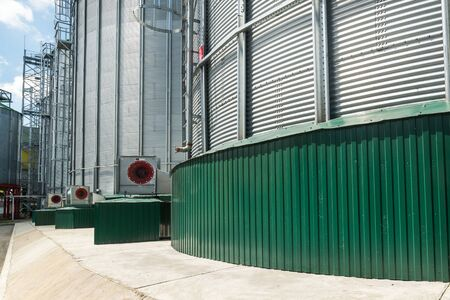 Centrifugal fans for silo ventilation. Large steel silos