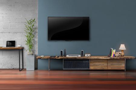 木製のテーブルと鍋モダンなロフト スタイルの工場紺壁のリビング ルームの led テレビ