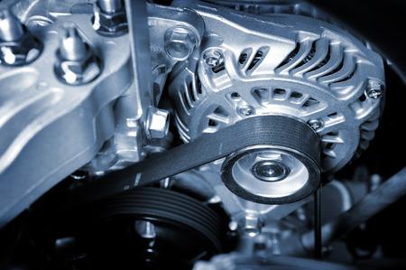 きれいなエンジン ルームのクローズ アップ車タイミング ベルト 写真素材