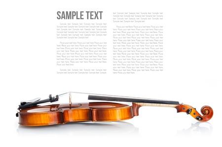 ホワイト バック グラウンド テンプレートに新しい古典的なバイオリン 写真素材