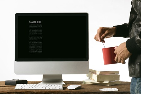 vdo: personal computer on desktop with blank screen Stock Photo