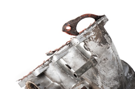 gasket: removing old gasket from intake manifolds holes