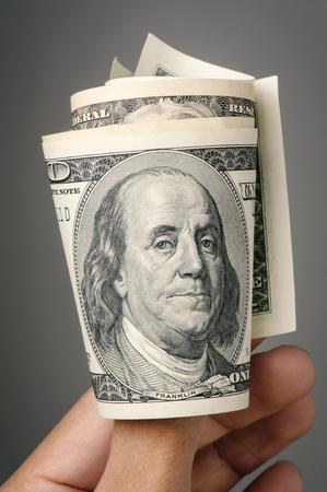 cuenta: Primer de la cara de Benjamin Franklin en el billete de US $ 100 dólares. Foto de archivo