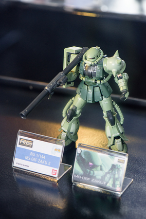 panoply: CHONBURI, THAILAND - MAY 17, 2015: Closeup MS-06F ZAKU II model at J-Park Sriracha.