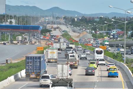 highway traffic: CHONBURI, THAILAND - MAY 21, 2015: Heavy traffic on the highway.