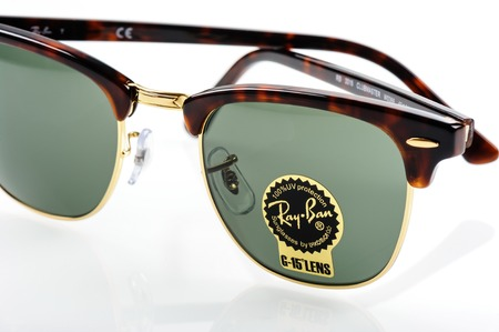 ray ban: BANGKOK, THAILAND - DECEMBER 16, 2015: Closeup Details of Ray-Ban Club Master RB3016 W0366 -Tortoise. Ray-Ban is a brand of sunglasses and eyeglasses founded in 1937 by Bausch & Lomb.