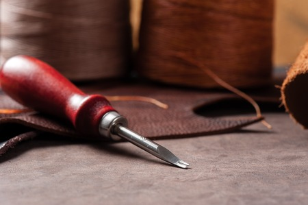 workmanship: The edge shaves for leather working