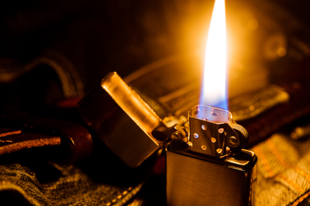 Brushed chrome lighter with windproof burning in the dark.