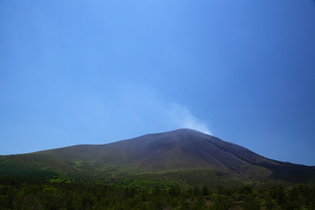 mt. asama where smoke is raised Stock Photo - 9881677