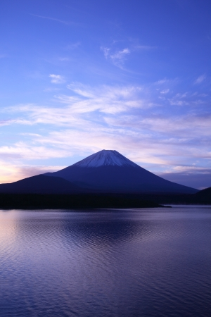 Daybreak Mt  Fuji and Lake Motosu, Yamanashi, Japan photo