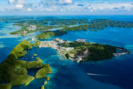 코 로르의 여름, 팔라우 말라 칼 섬