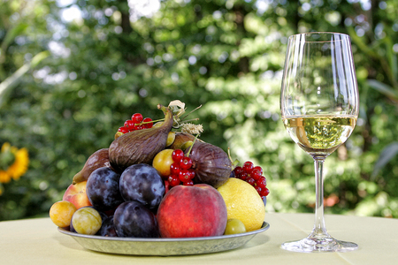 cowardly: Fruits and wine