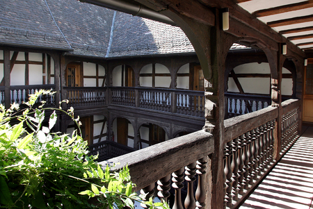 frank: Frank Loeb Moorish House in Landau