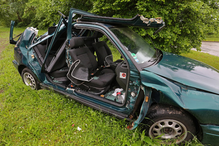 wreck: Car wreck
