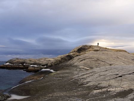 Jakobselv - ノルウェーの北で劇的な山のコスト