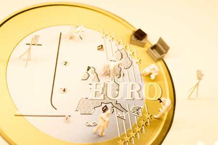 yes or no to euro: Eurozone Investigation