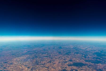 Une vue de l'altitude du temps du ciel.