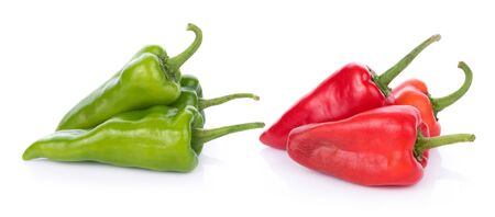 chili peppers on white background 版權商用圖片 - 132299610