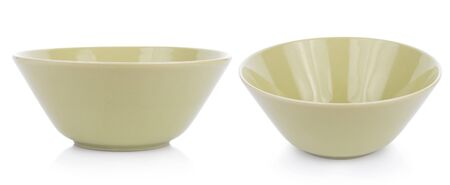 ceramics bowl isolated on white background 版權商用圖片 - 132664172