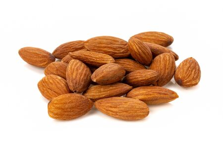 almonds isolated on white background 版權商用圖片