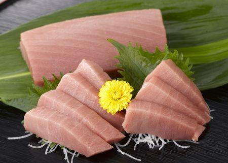 刺身 (日本の伝統的な料理) は新鮮な刺身のスライス