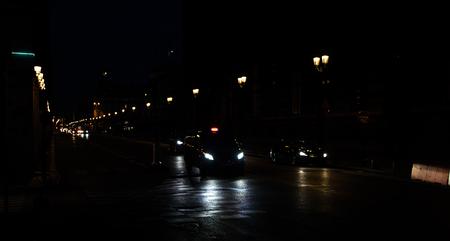 Tráfego noturno de Paris Imagens
