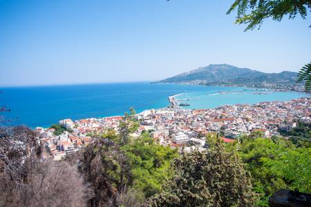 Zakynthos city and harbor from hill near the sea. Stockfoto