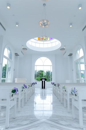 boutique hotel: TAIW�N - 11 de junio: el interior de la iglesia blanca en shangri-la taiwan hotel boutique creada para la boda el 11 de junio, 2014, Taiwan Editorial