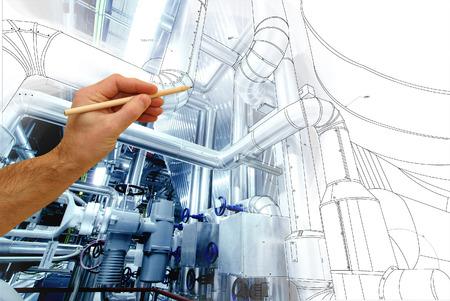 Man mano che disegna un disegno di fabbrica combinato con foto di moderno impianto di potenza industriale Archivio Fotografico - 54297745