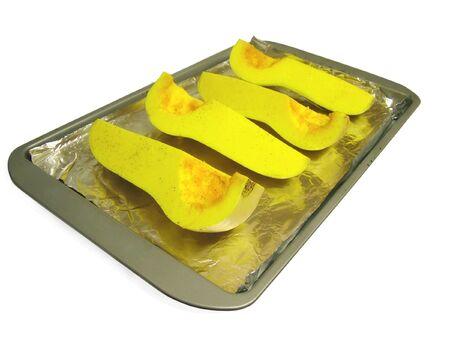 Vue d'une courge musqu�e r�tie sur un plateau de cuisson