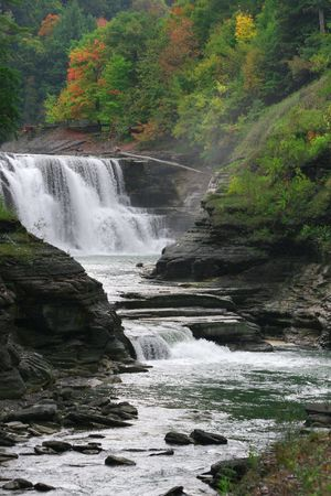 Lower falls in Letchworth state Park, Upstate New York in the fall.  Stock Photo - 1896145