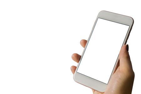 여자의 손을 흰색 배경에 - mockup 템플릿 및 클리핑 패스를 격리하는 세로 위치에 흰색 화면 모바일 스마트 폰을 보여줍니다