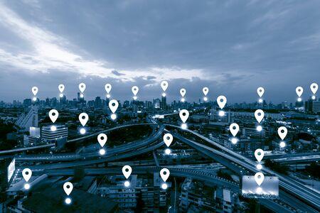 Голубой тон городской пейзаж и концепция сетевого подключения, бизнес-центр Map pin