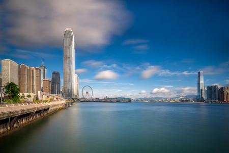 일출 홍콩 도시의 스카이 라인. 중앙 지구 홍콩 전역에서 볼 수 있습니다.