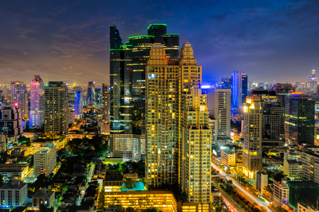 Sunset scence of Bangkok skyline Panorama and Skyscraper ,Aerial view of Bangkok modern office buildings and condominium in Bangkok city downtown with sunset sky and clouds at Bangkok , Thailand. 스톡 콘텐츠