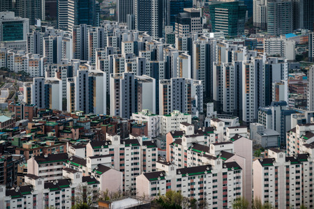 Modern condominium building or apartment in Seoul city, South Korea Stockfoto - 110824839