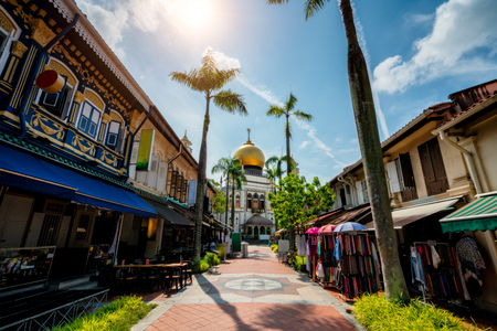 The Masjid Sultan mosque located in Kampong Glam in Singapore city. 免版税图像 - 110824846