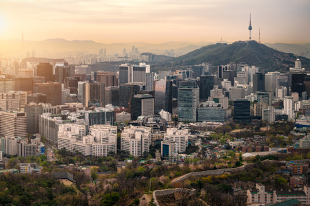 Sunrise scene of Seoul downtown city skyline, Aerial view of N Seoul Tower at Namsan Park in twilight sky in morning. The best viewpoint and trekking from inwangsan mountain in Seoul city, South Korea Stockfoto - 110824850