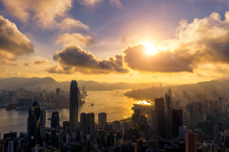 Hong Kong City skyline at sunrise. View from The Peak Hongkong. Stockfoto