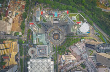 Top view of the Singapore landmark financial business district with skyscraper. Fountain of Wealth at Suntec city in Singapore Stock fotó - 138778402